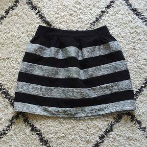 Alya black and sliver striped skirt